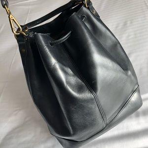 Madewell Bags - Madewell Lafayette bucket bag